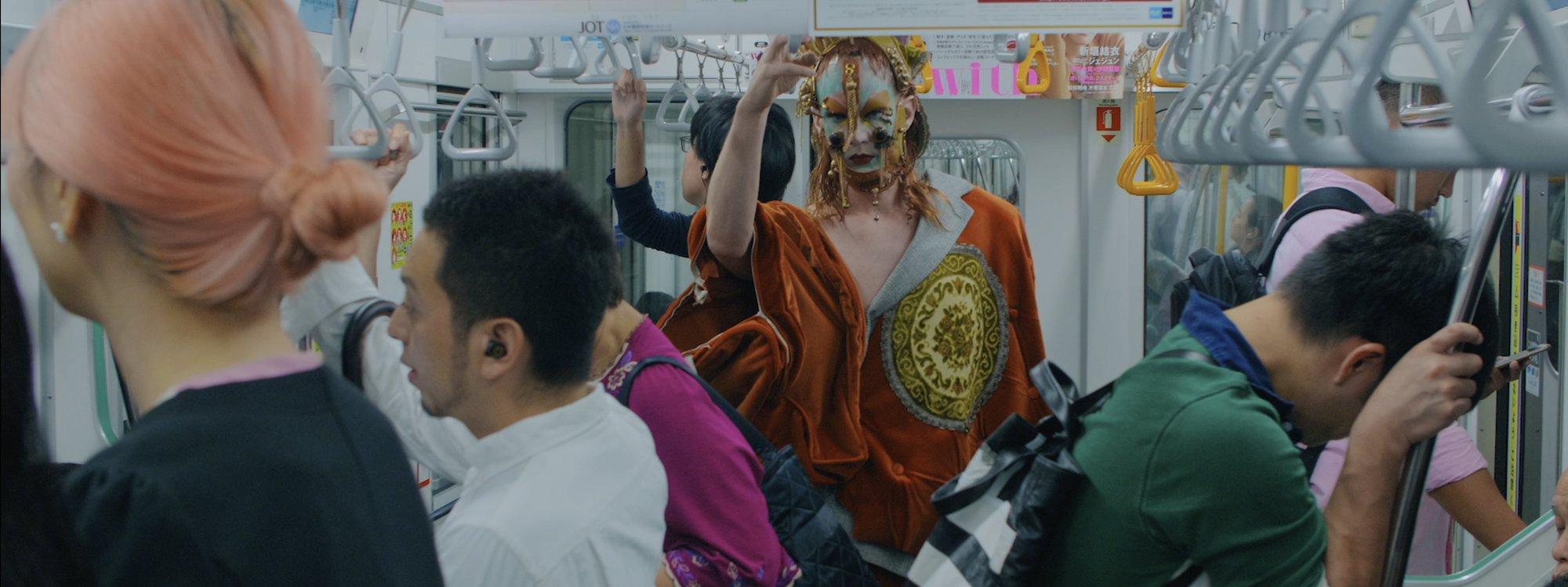 Lyle XOX in Japan Subway