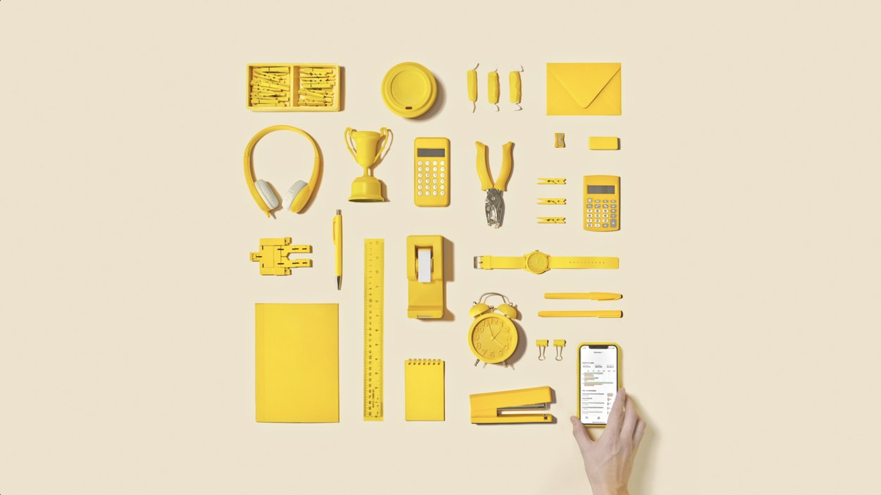 A perfect flatlay of objects in a square